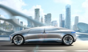 Mercedes Benz self driving car revealed at CES 2015 in Las Vegas