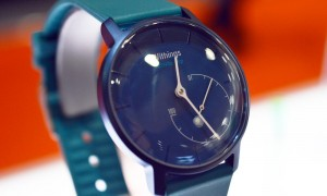 withings-activite-pop-blue-colour-front-view