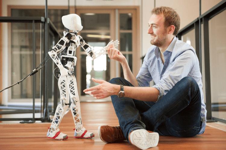 04 - Poppy Robot