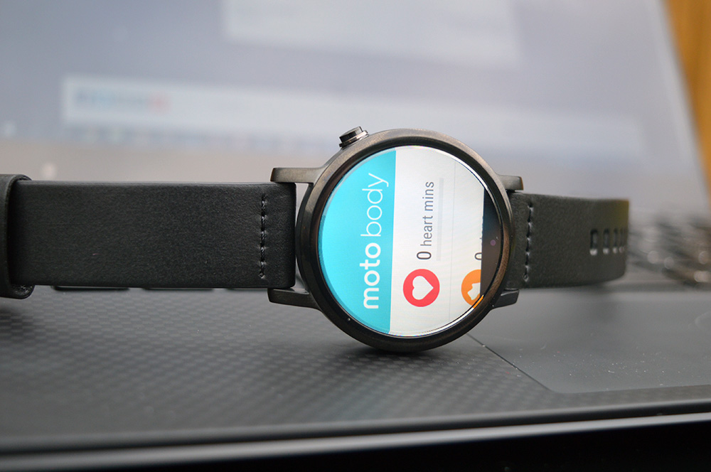 Best Android Wear Watch - Moto 360 2 (2015) moto body