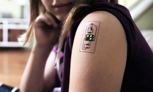 Biometric Tattoo on a girls shoulder