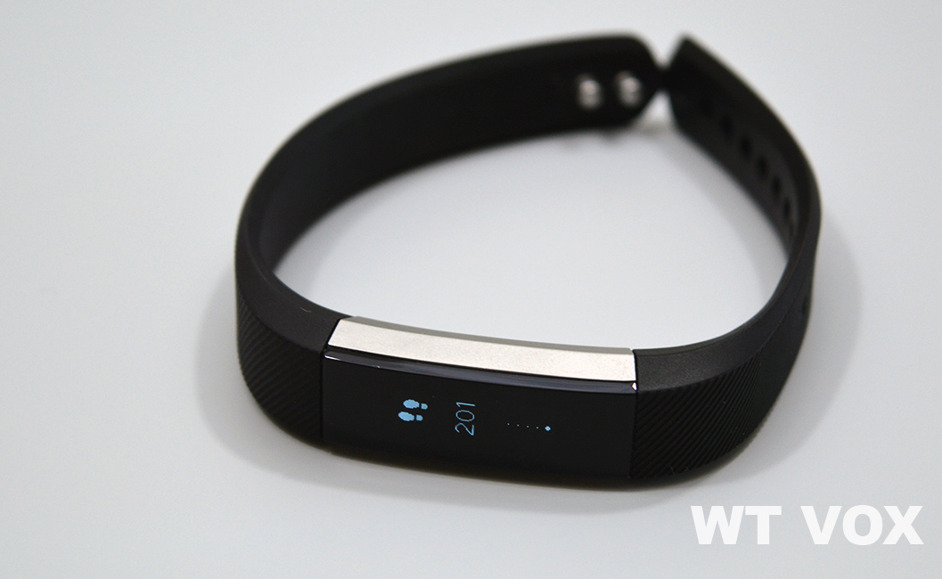 Fitbit Alta Review - Sleek, Cool, Fashionable