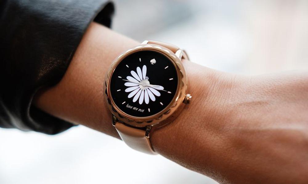 kate spade smartwatch taking on fashiontech at ces 2018. Black Bedroom Furniture Sets. Home Design Ideas