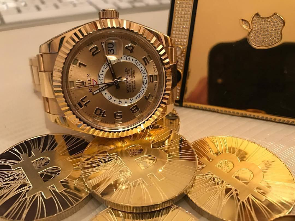 bitcoin in luxury luxury-rolex-watch-in-gold-sold-in-bitcoin