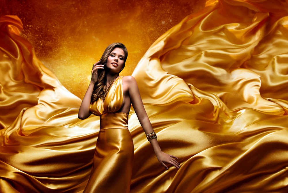 Conductive Fibers Lady-in-gold-dress-Shining-The-Fashion-Industry