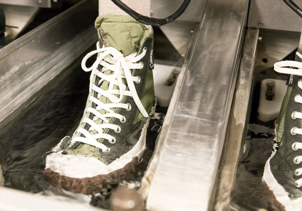 Converse Urban Utility Collection - green boots in water