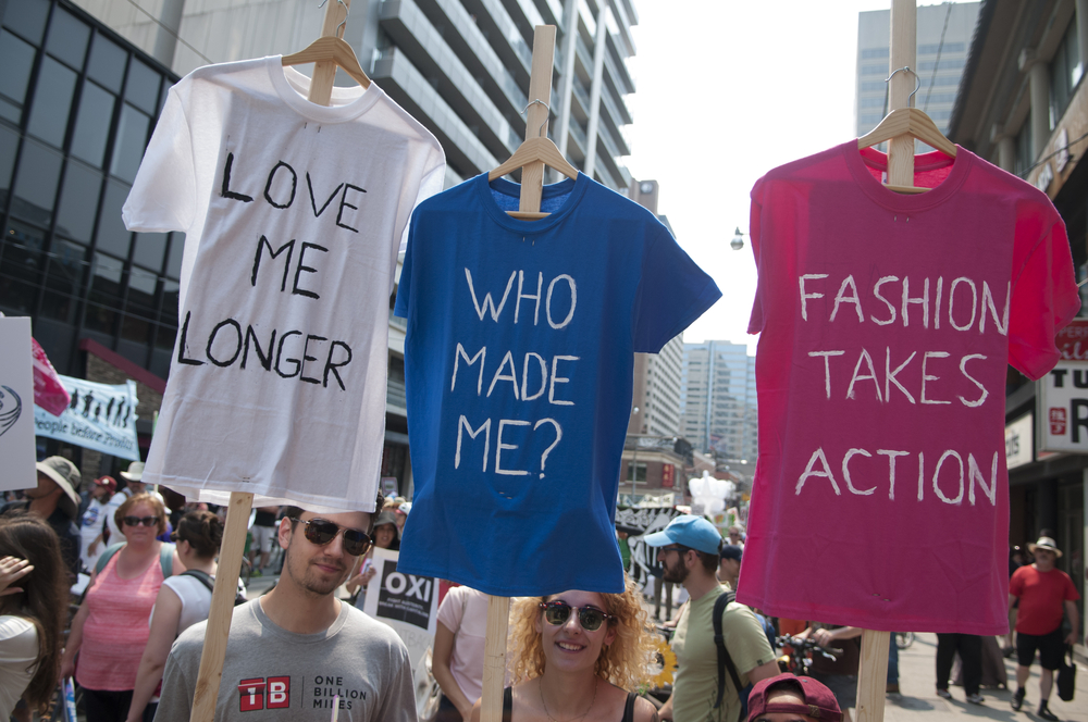 Sustainable Fashion Influencers - who made your clothes movement