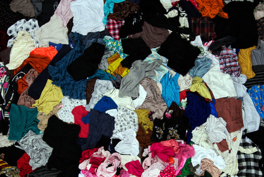 sustainable fashion - fashion wastes and disposal fashion