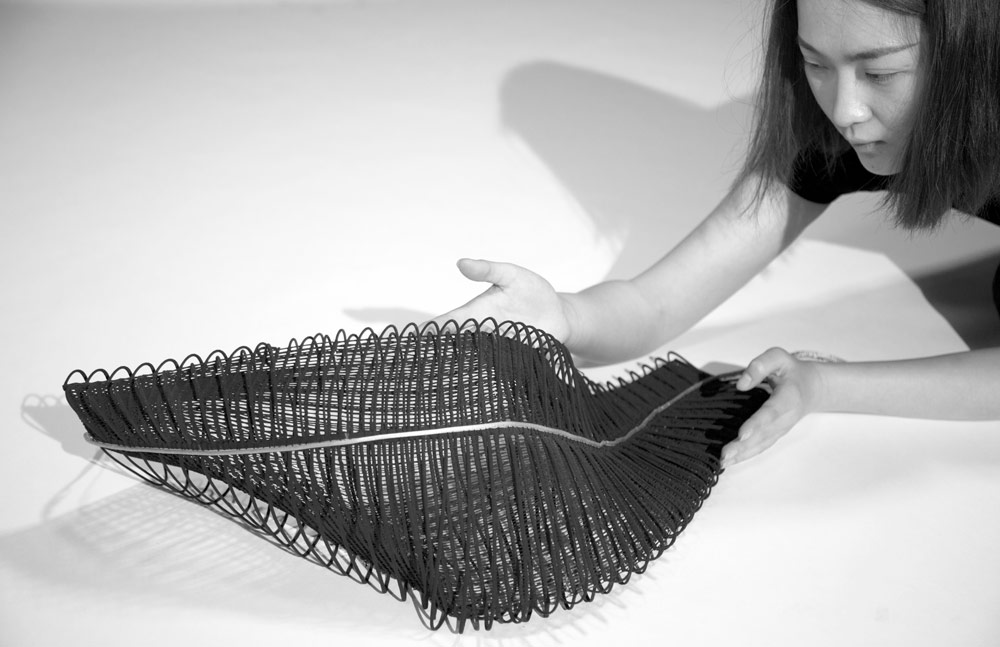 Mingjing Lin's 3D-printed textiles for fashion design