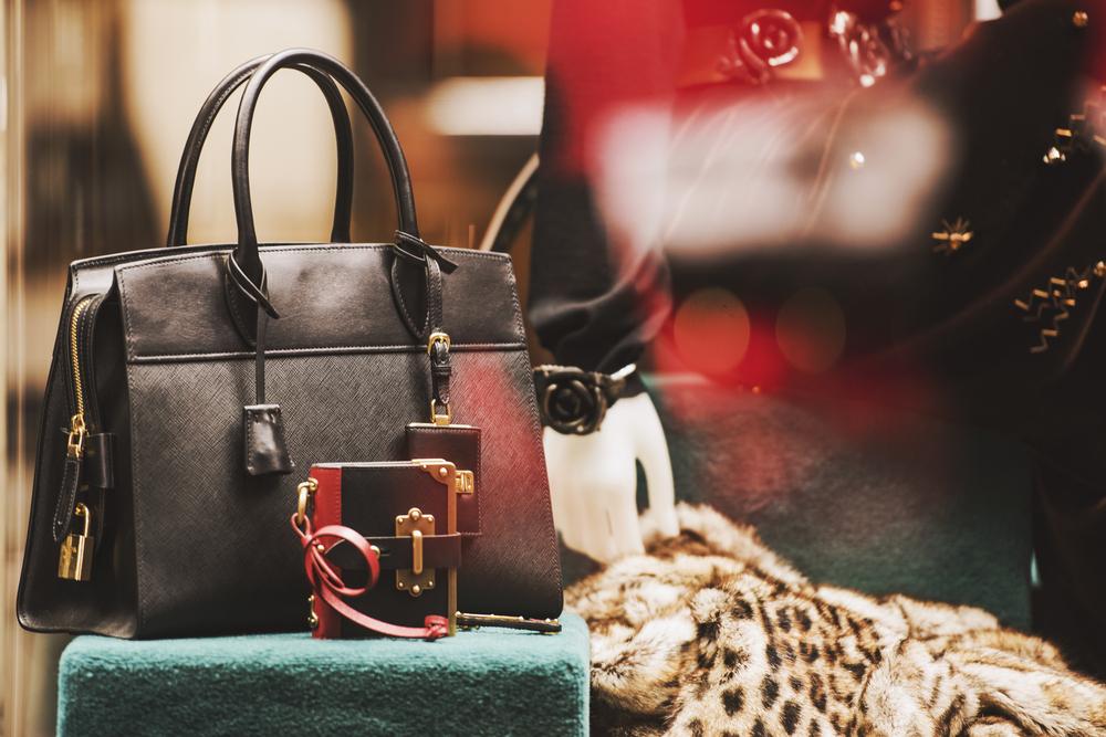 Arianee Blockchain - combating luxury counterfeiting