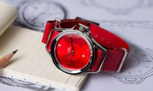 Luxury smartwatch all red