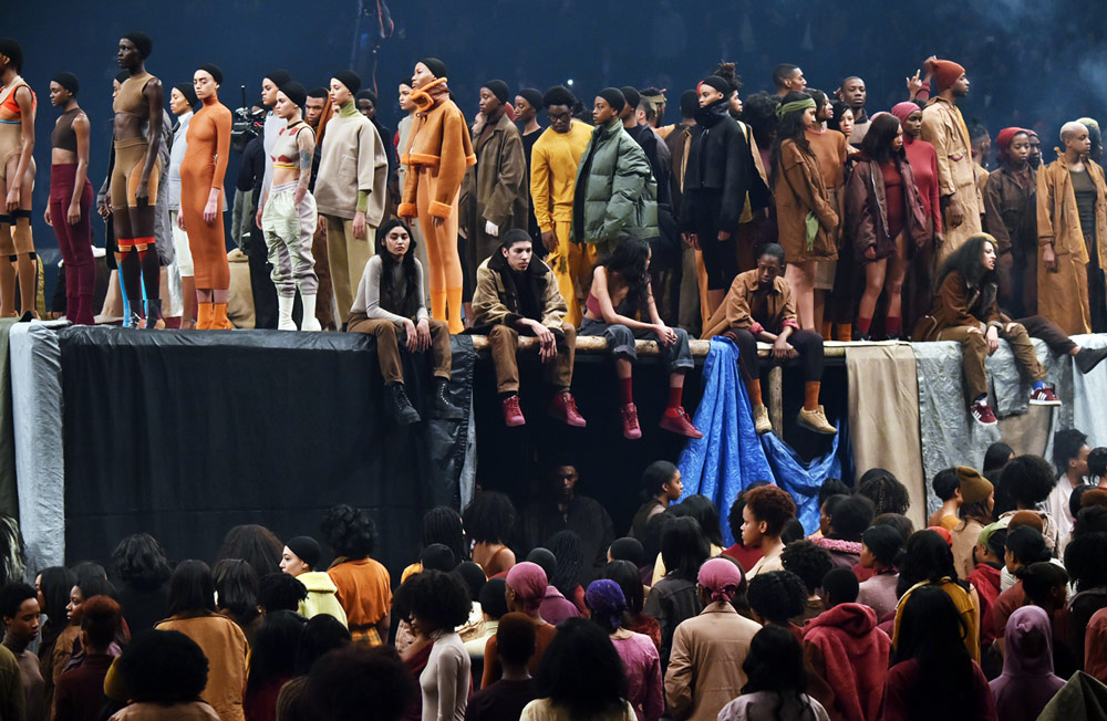 Mega Fashion Shows - Kanye West fashion show