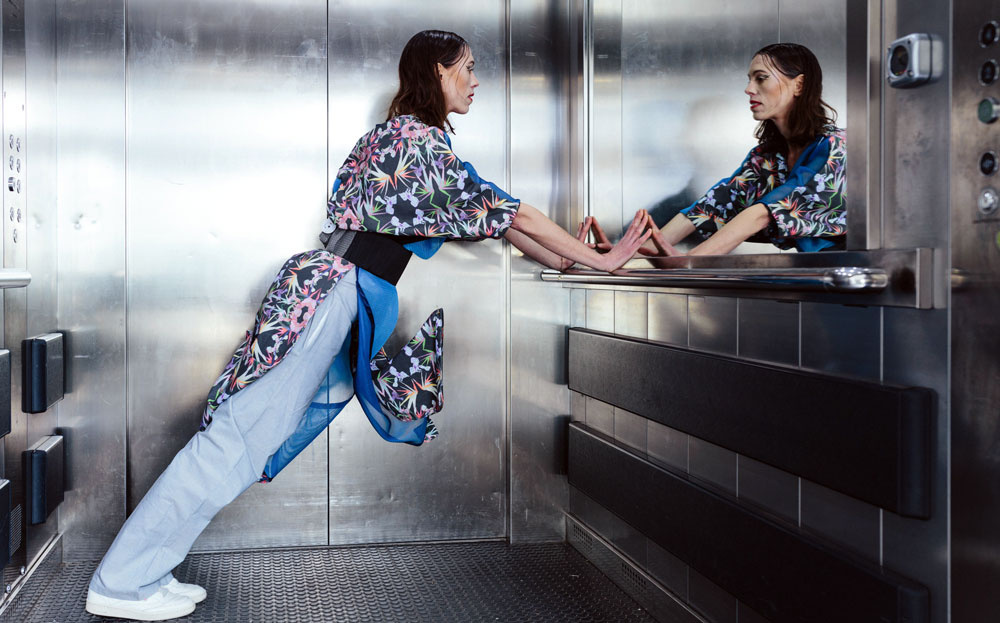 Innovative Fashion - model in lift