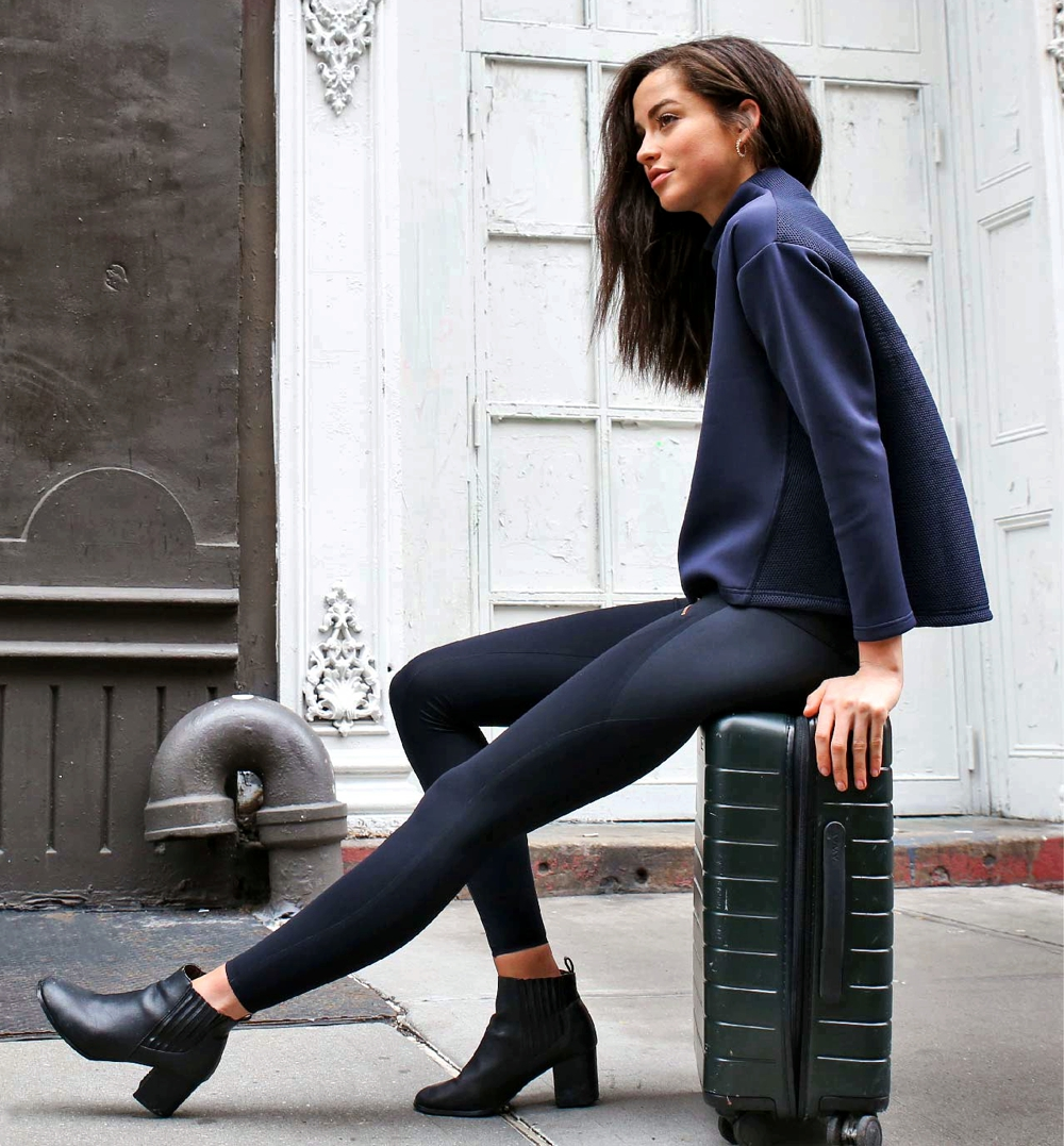 Eco-Friendly Activewear - Aday navy with short boots