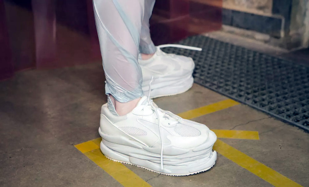 Mikio Sakabe's 3D Printed Shoes - Giddy up white shoes