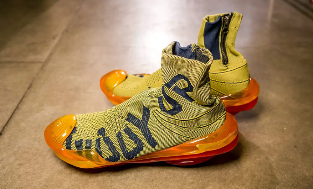 Mikio Sakabe's 3D Printed Shoes - Giddy up yellow shoes with orange soles