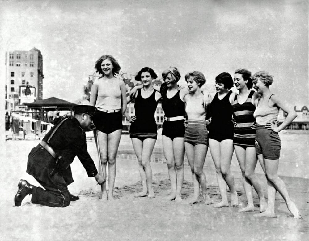 Evolution Of Swimwear - 1920s style