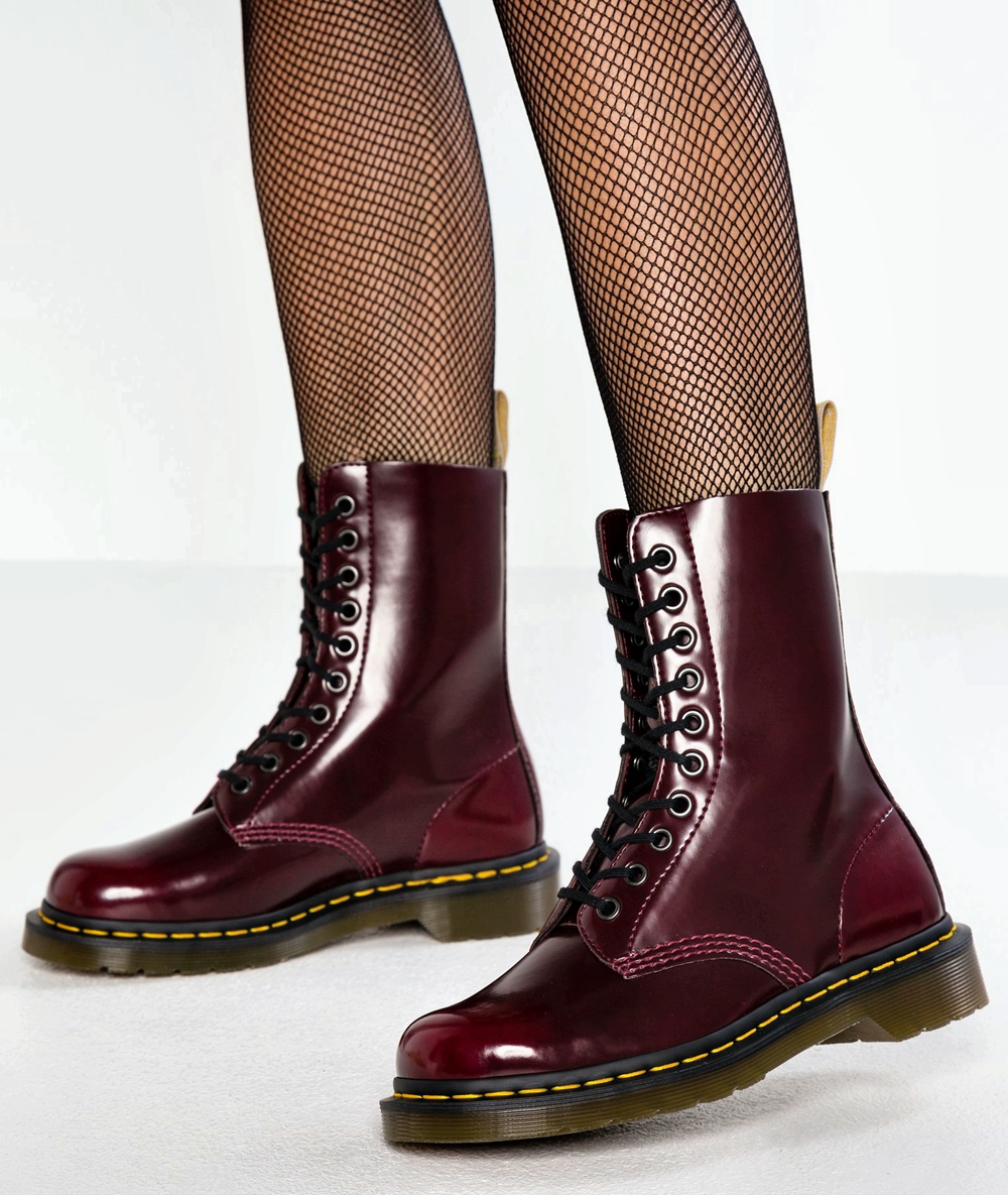 Vegan Boots For Winter - Dr Martens 1490 Cambridge Brush with fishnet