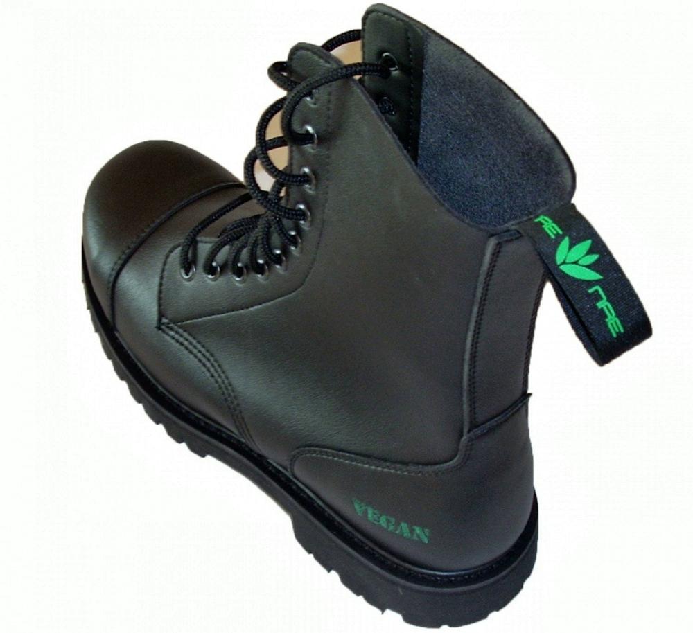 Vegan Boots For Winter - Nae B-Gun with vegan label