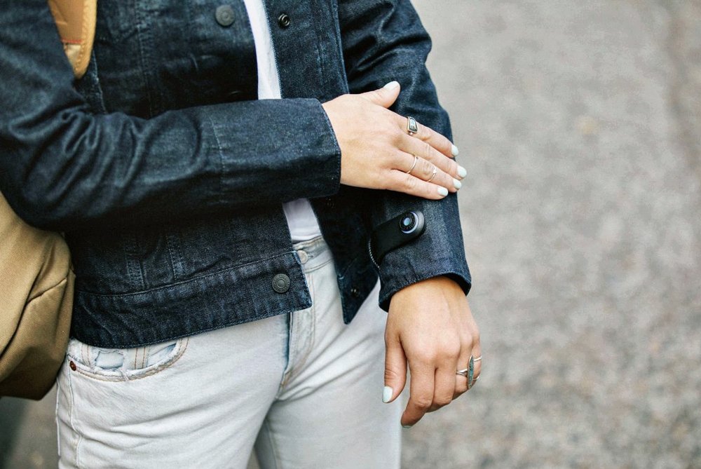 Technology is helping the fashion industry to advance - Levi's Smart Jacket