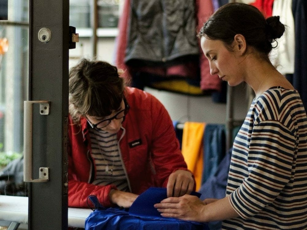 Master sustainable fashion by repairing your clothes