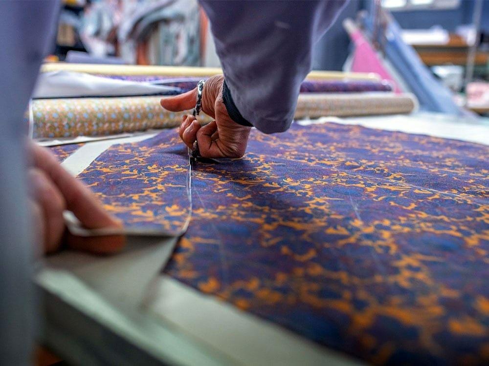 Sustainable luxury fashion with Italian craftsmanship