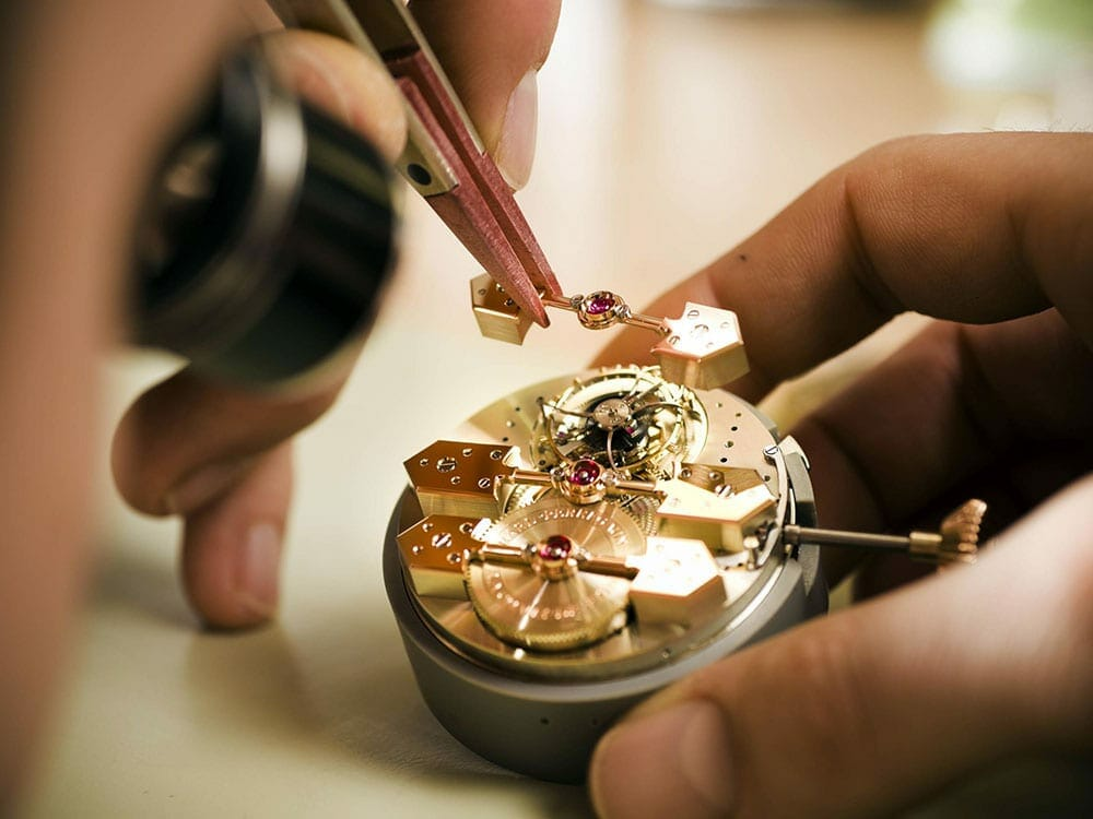 Luxury watches made in Italy