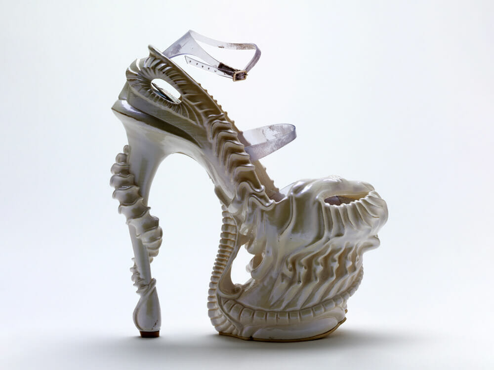 Alexander McQueen Fashion Plato Atlantis 2010 - the Alien shoe