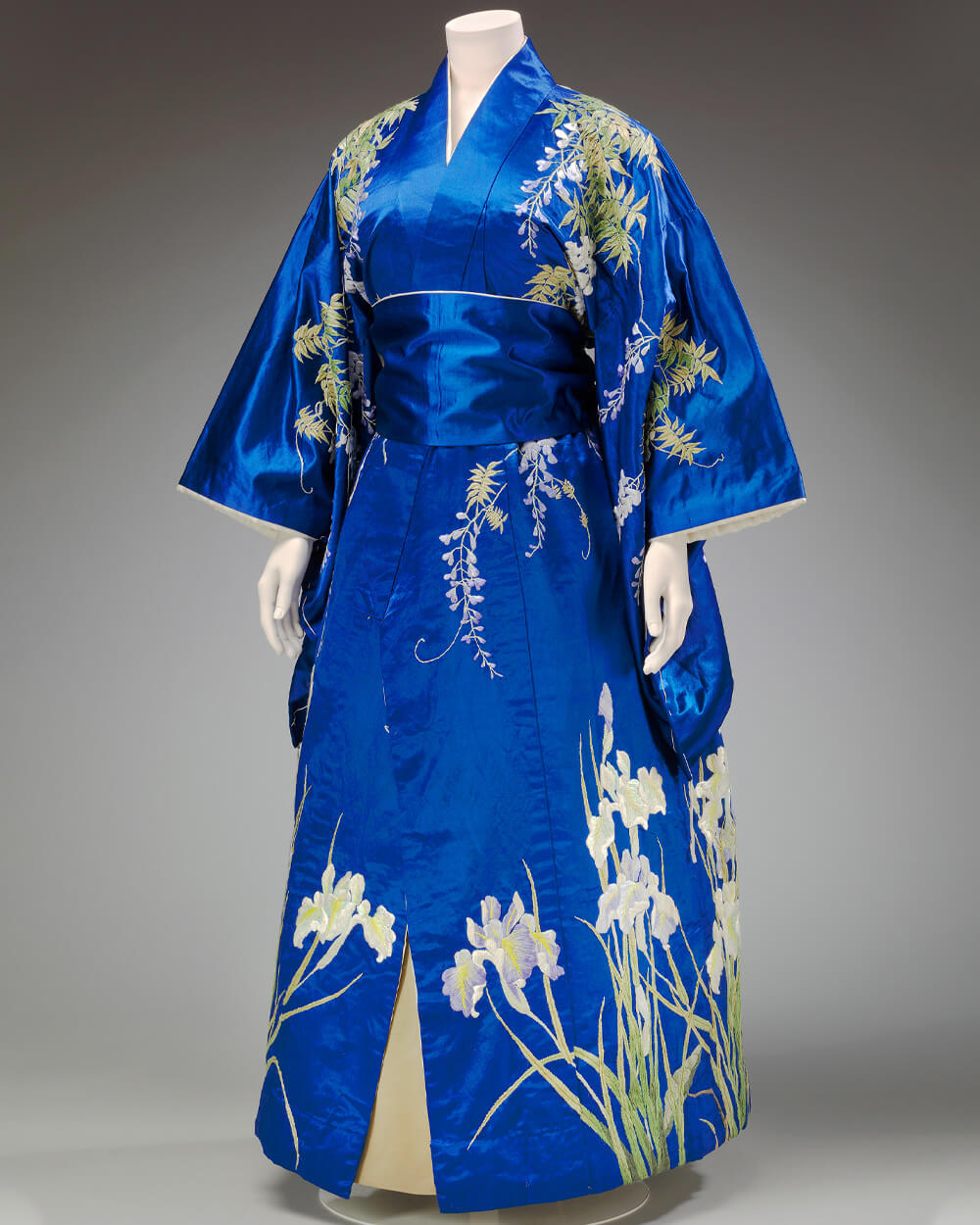 Traditional Japanese Kimono in 1900s - Victoria and Albert Museum, London