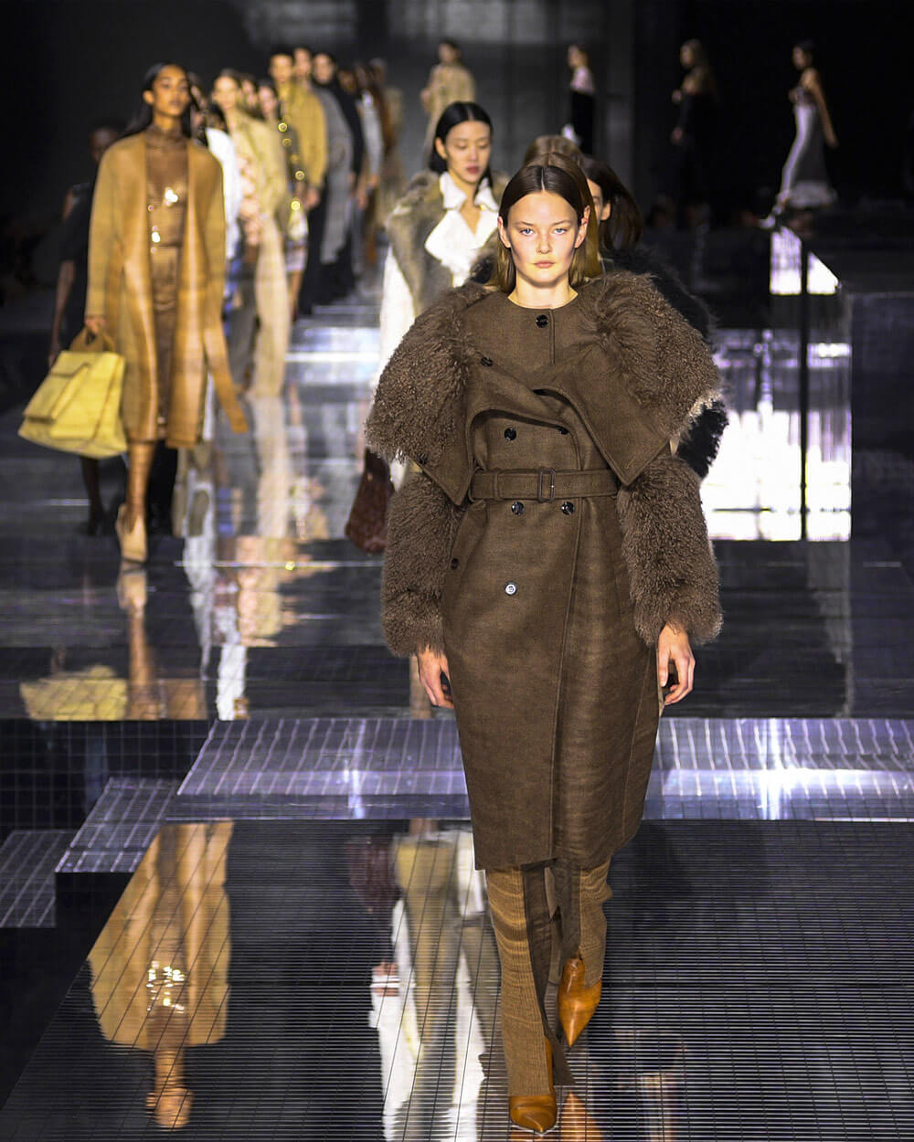 Burberry carbon neutral fashion show 2020