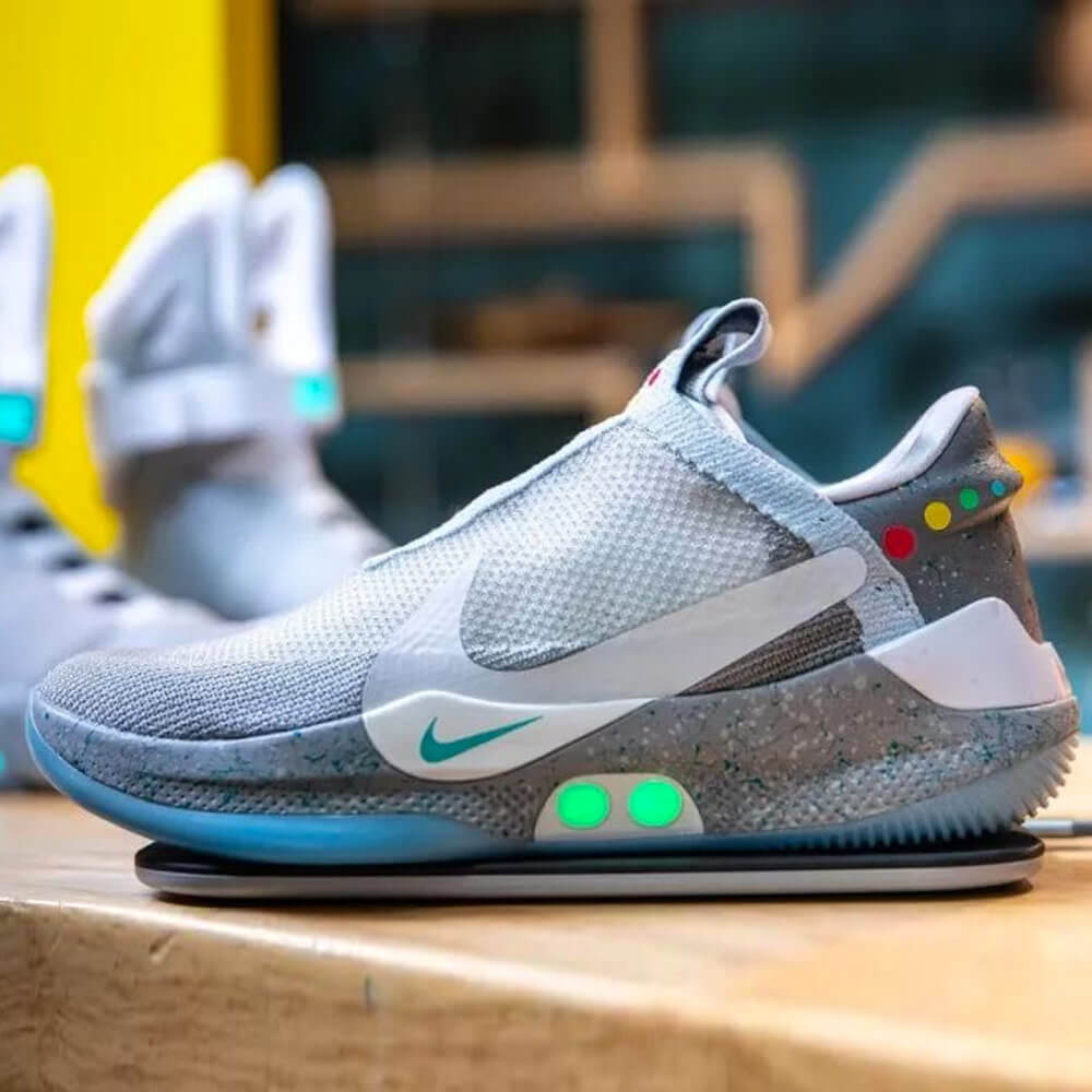 Nike Adapt BB version 2.0 tech sneakers