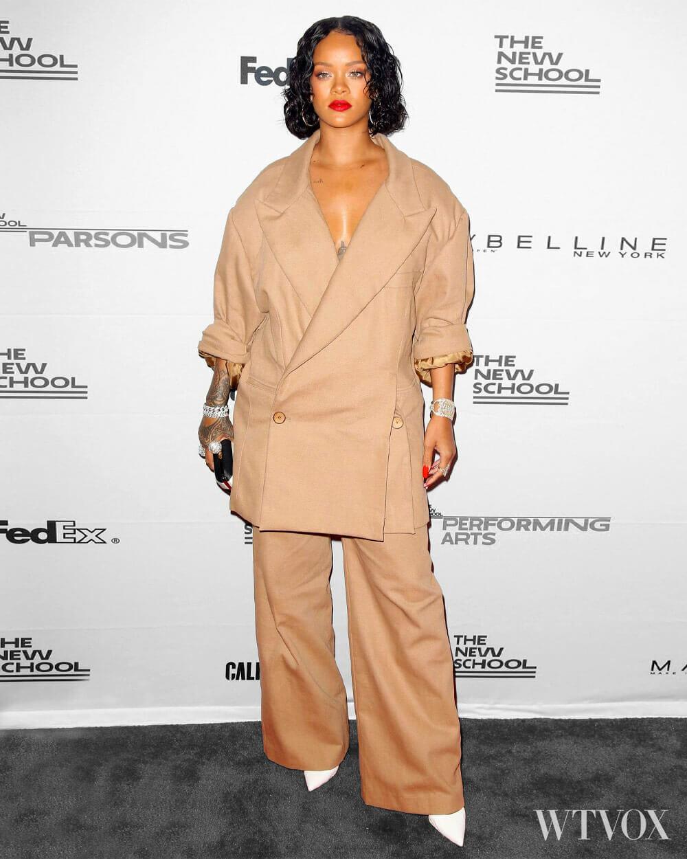 Rihanna all beige streetwear
