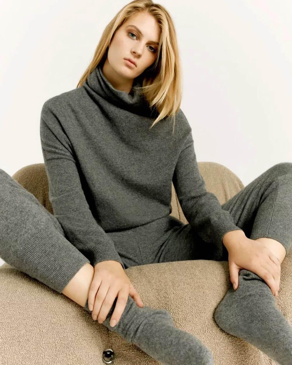 Cuyana sustainable clothing