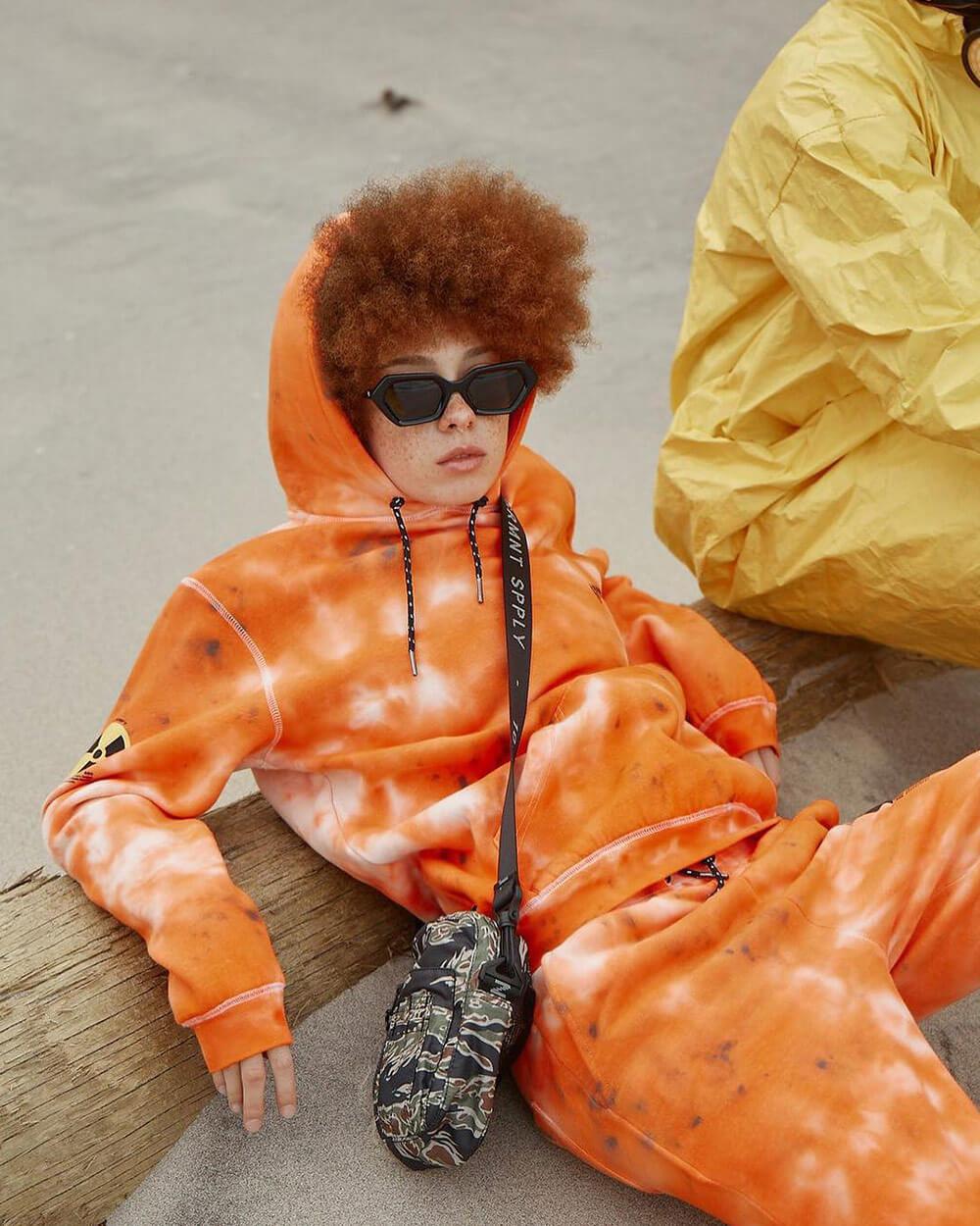 10.DEEP streetwear
