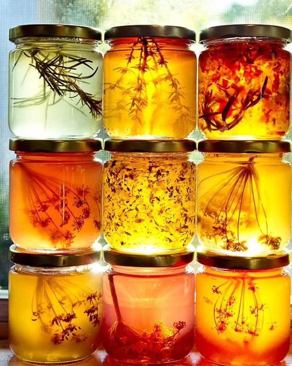 Honeycore cottagecore aesthetic