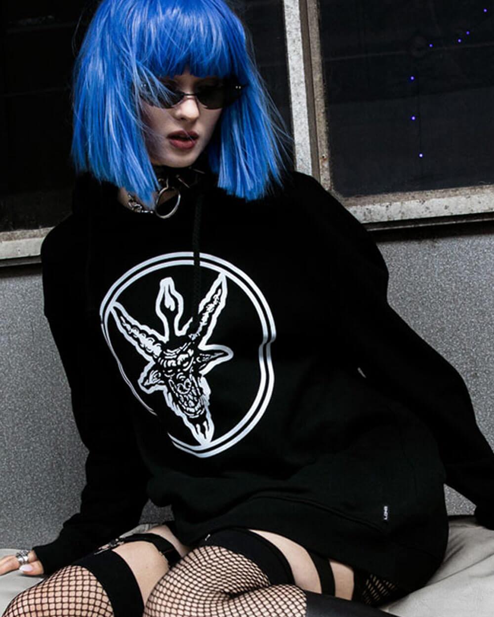 Long Clothing gothic style