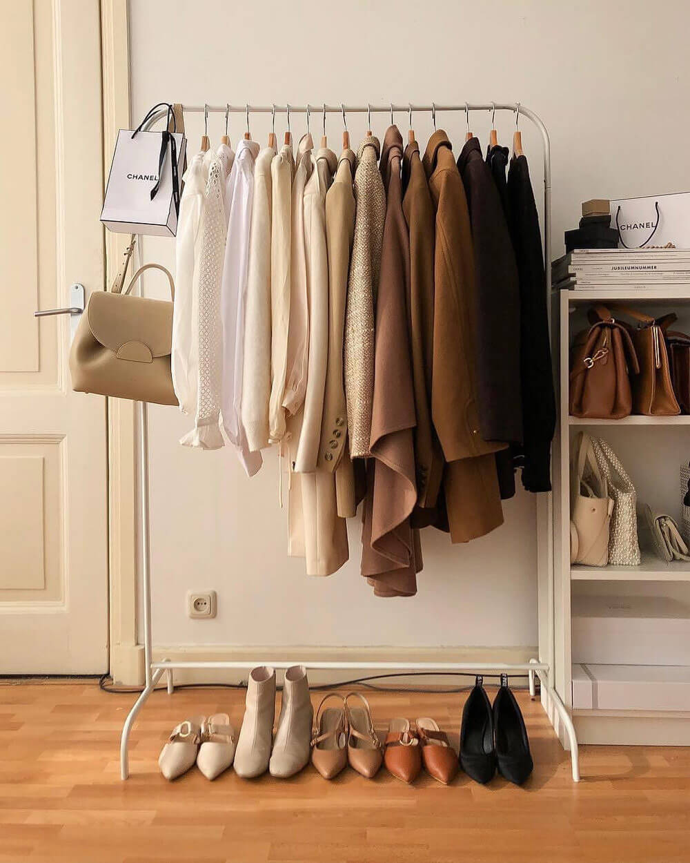 How-to-Look-Rich-Quality-Over-Quantity
