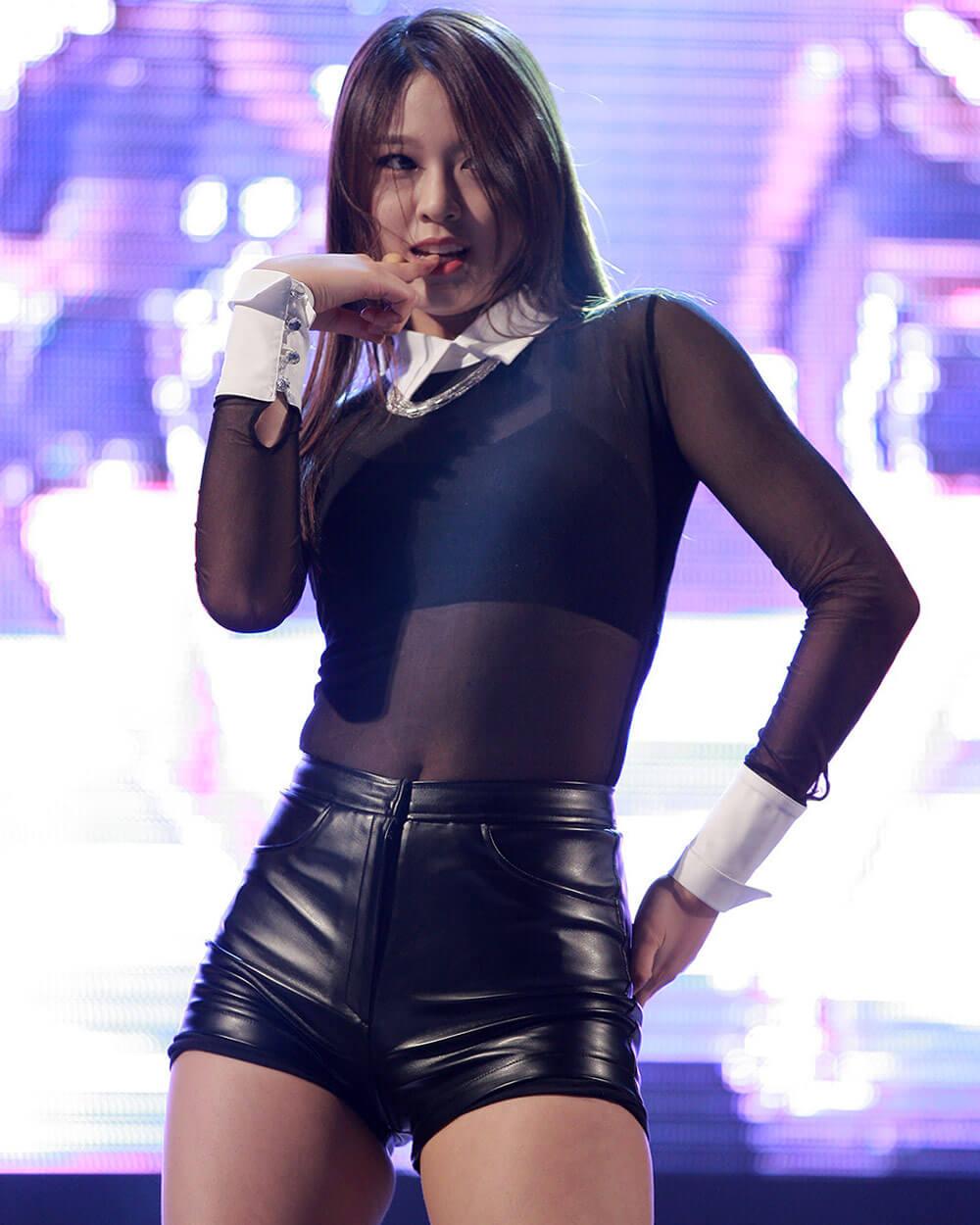 Seolhyun (설현) Korean Beauty Idol
