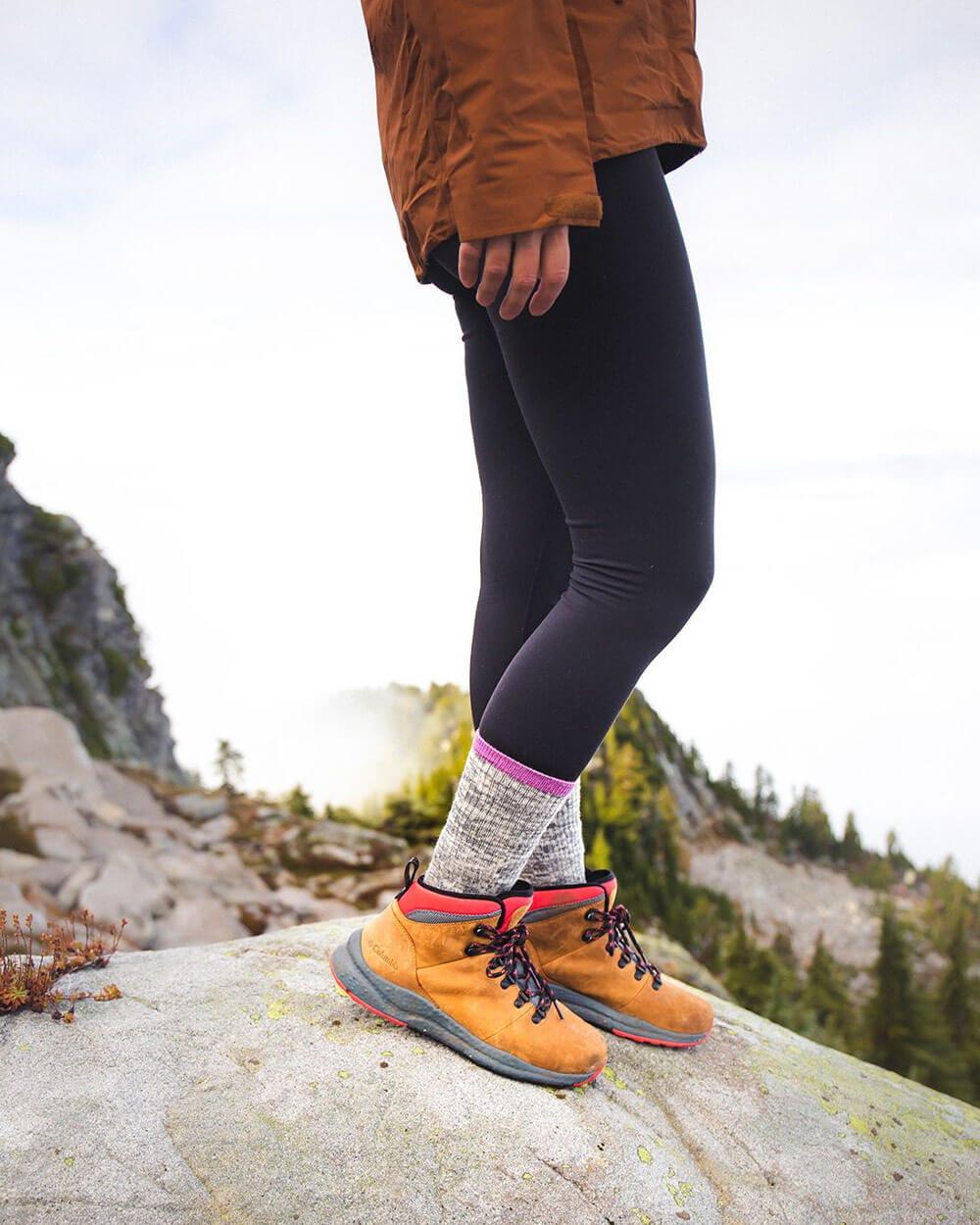 what-to-wear-hiking-Hiking-Socks