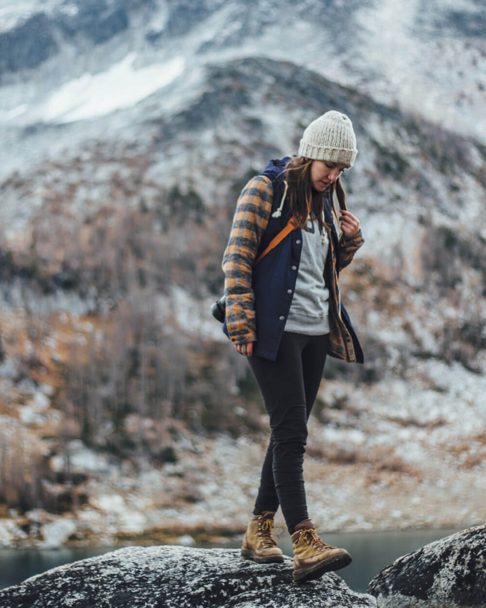 what-to-wear-hiking-Layered-clothes