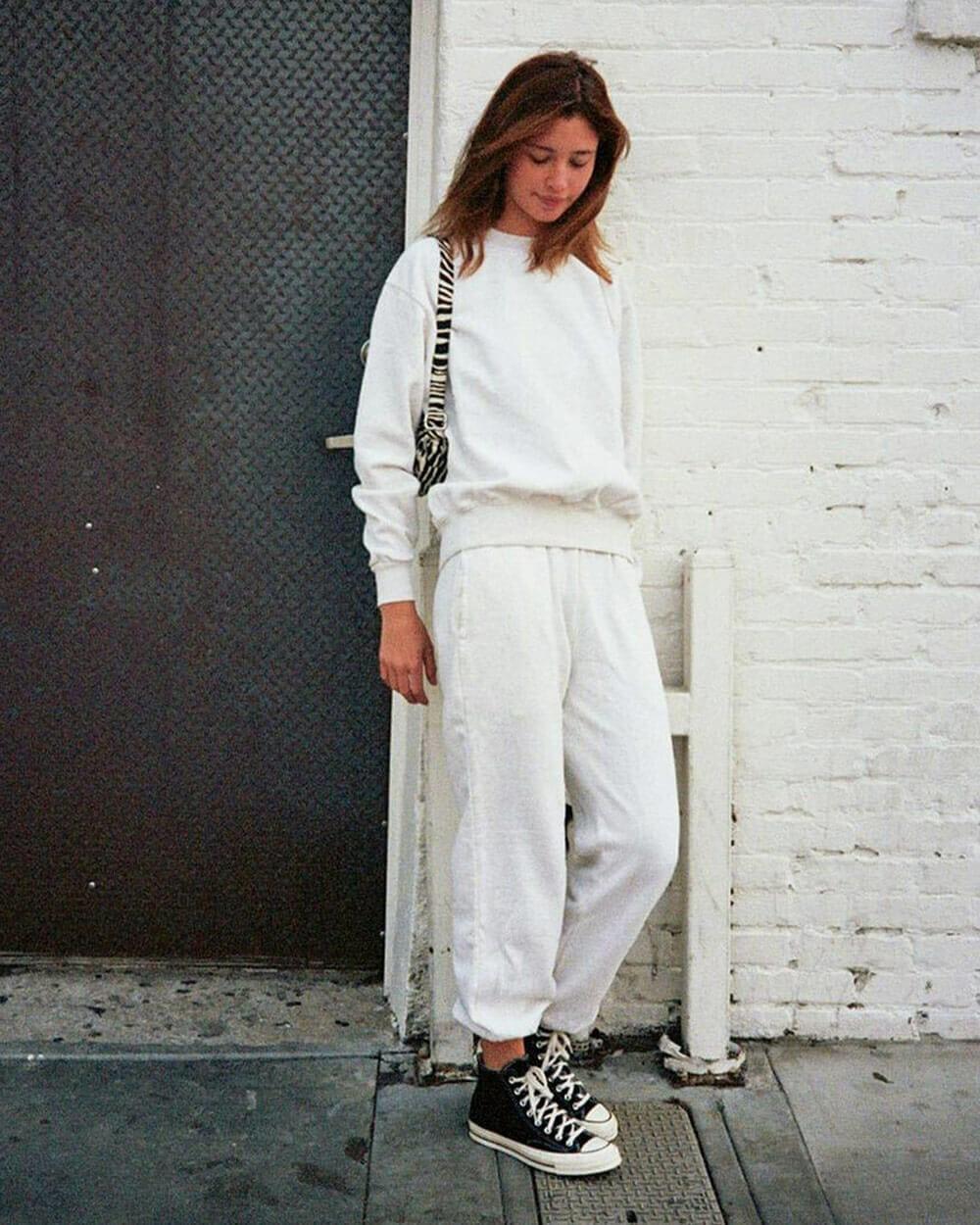 BRANDY MELVILLE petite clothing