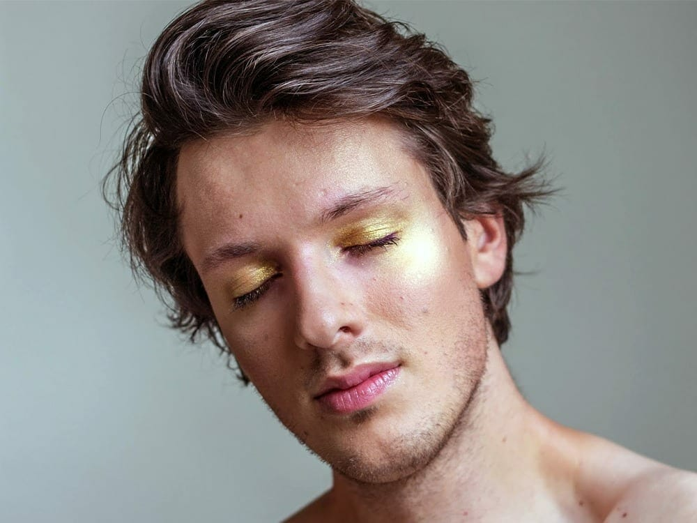 Makeup and beauty for men