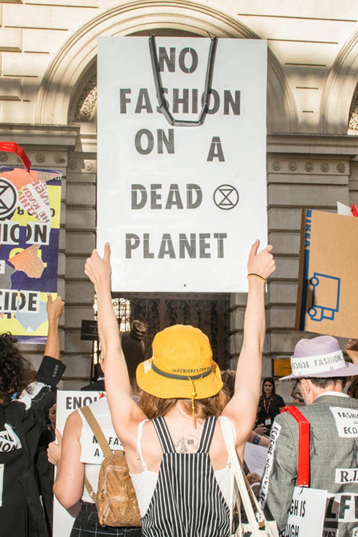 Marching against wasteful fashion